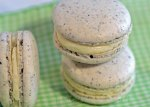Black Sesame Macarons2