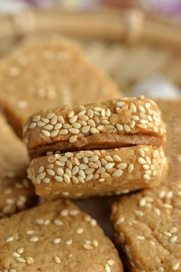 Peanut Butter Sesame Cookies