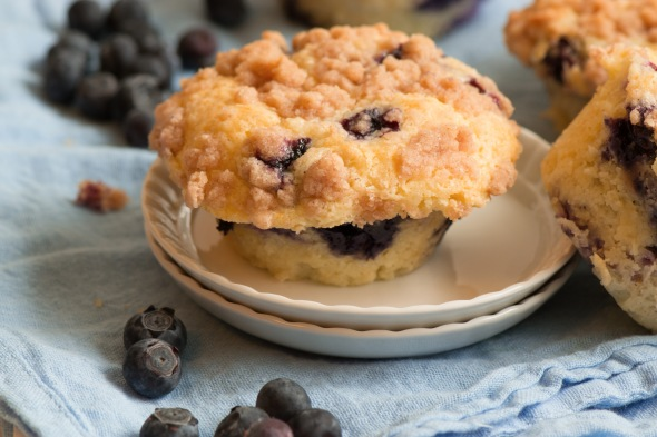 blueberry streusel muffins 2