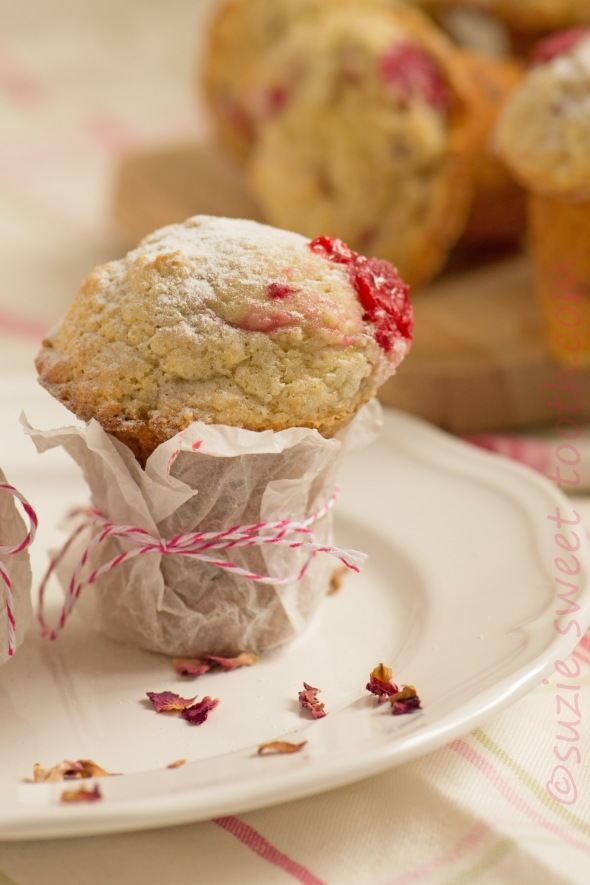 raspberry and rose muffins 1