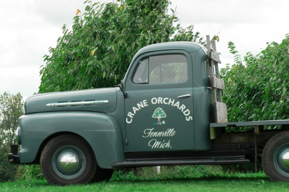 crane orchard truck