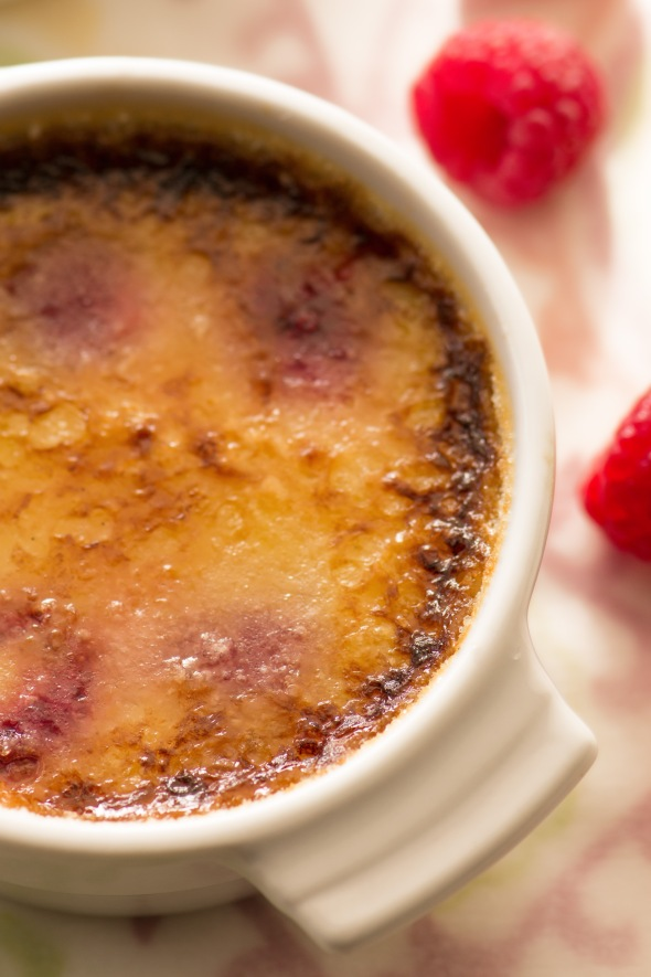 raspberry white chocolate creme brulee