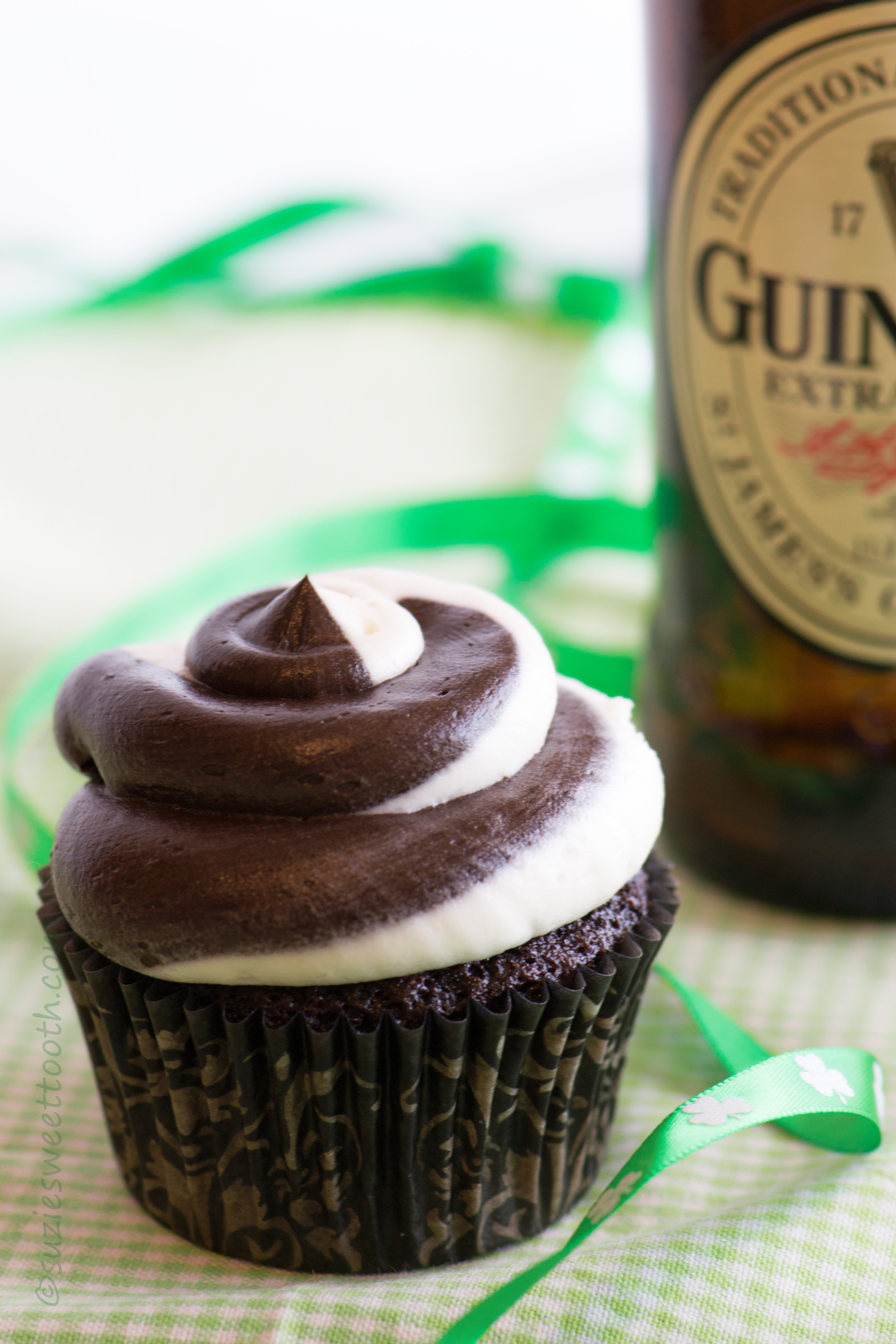 Chocolate Guinness Stout Cupcakes With Creamy Fudge